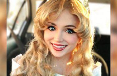 Ela gastou $14.000 para se transformar em princesas da Disney, mas há uma boa razão para isso!