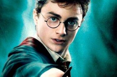 FAÇA AGORA MESMO: Facebook lança brincadeira para comemorar os 20 anos de Harry Potter :)