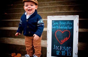 29 fotos emocionantes tiradas no dia em que estas crianças foram adotadas!